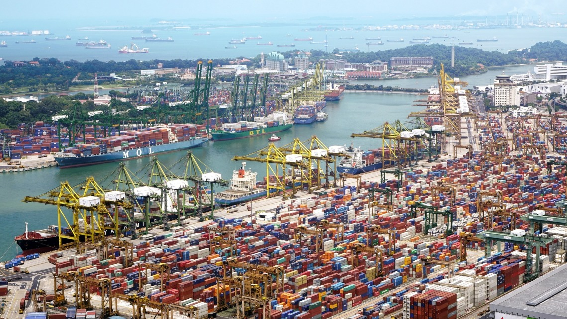 container dock.jpg